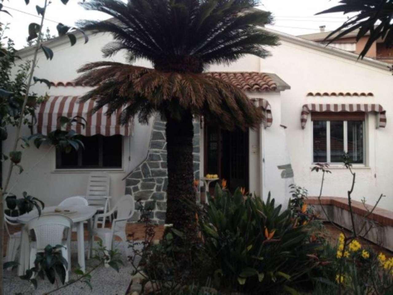 Soluzione Indipendente in affitto a SanRemo, 4 locali, prezzo € 1.200 | Cambio Casa.it