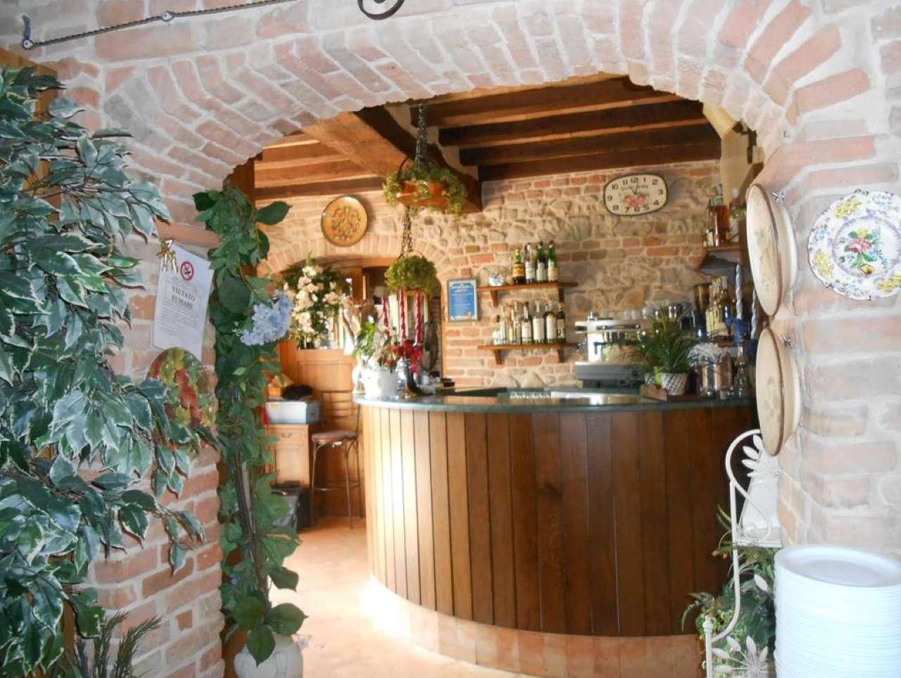 Negozio / Locale in vendita a Salsomaggiore Terme, 9999 locali, prezzo € 740.000 | CambioCasa.it