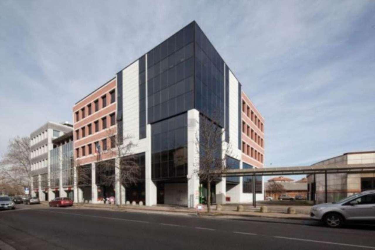 Ufficio / Studio in affitto a Pavia, 2 locali, prezzo € 2.500 | Cambio Casa.it
