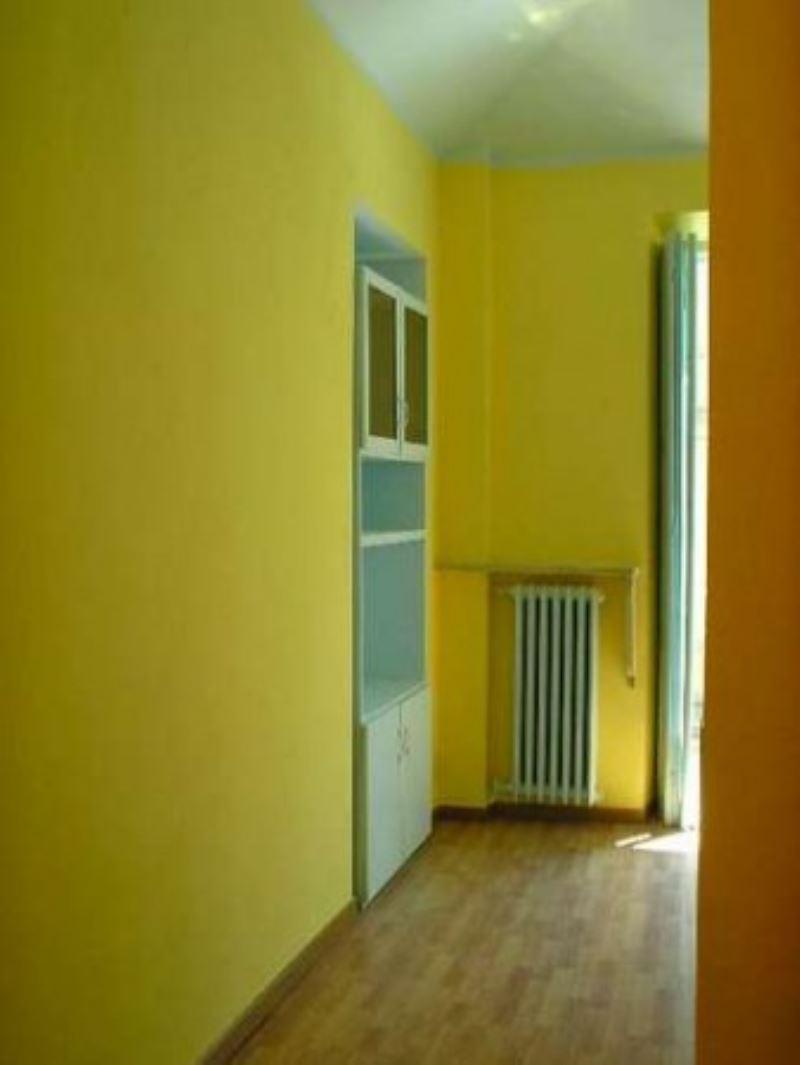 Bilocale Torino Via Belfiore 8
