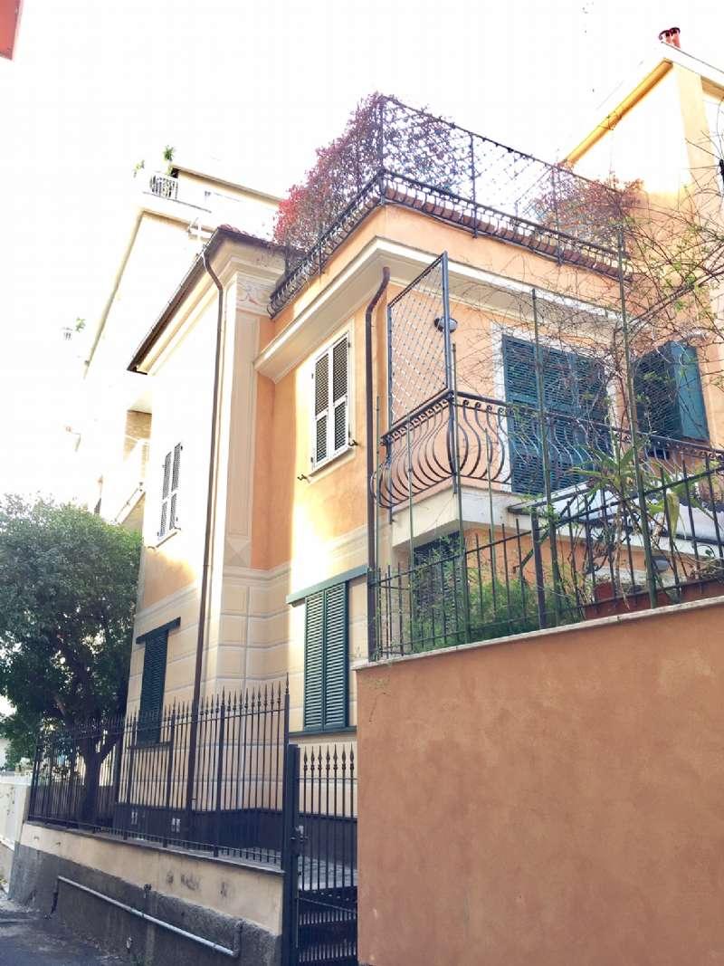 Appartamento in Vendita a Alassio via manzoni