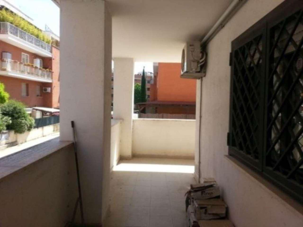 Cerco Casa Roma (RM). Appartamento in Vendita a Roma (RM), Casale ...