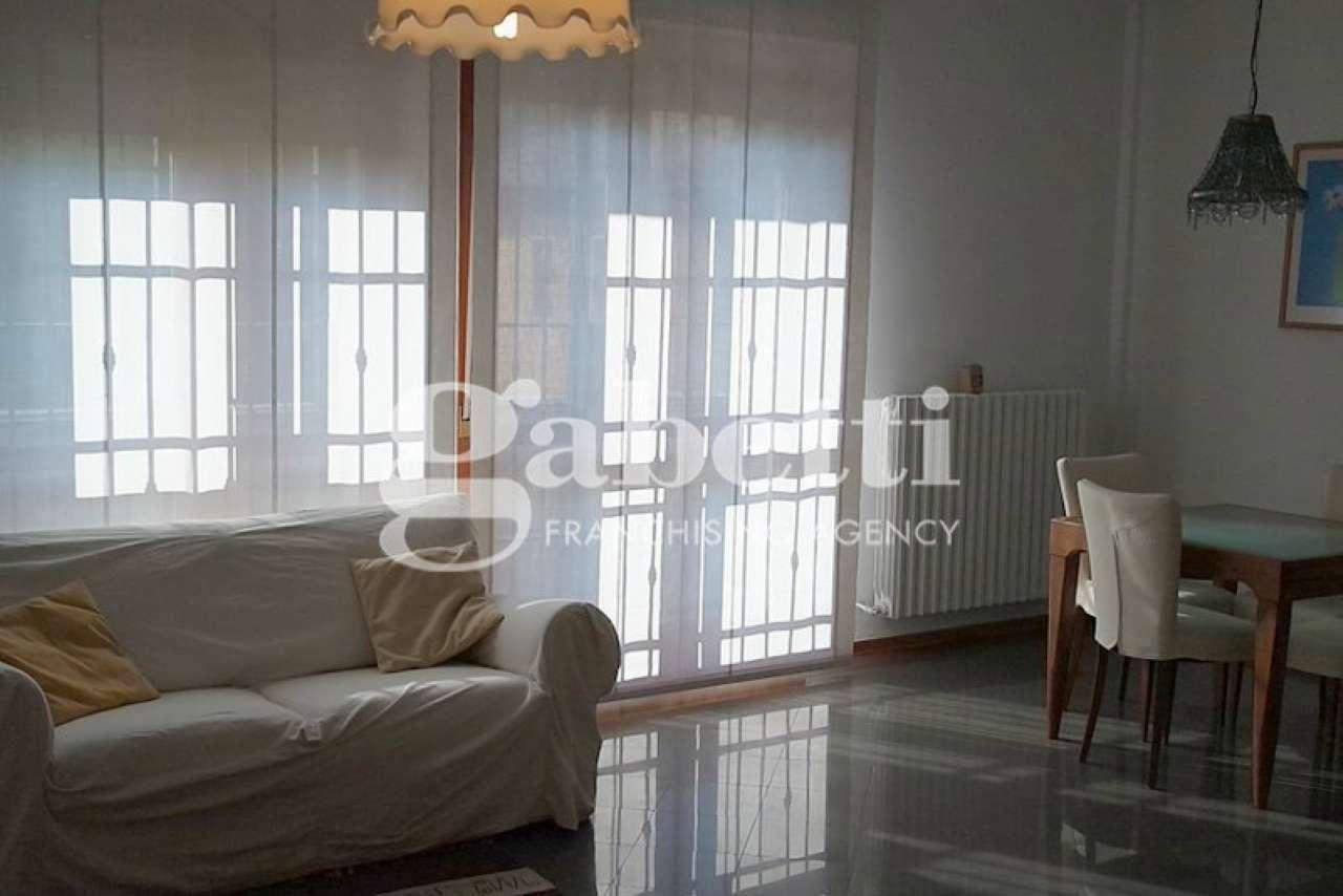 Appartamento in affitto a San Pietro in Casale, 4 locali, prezzo € 620 | CambioCasa.it