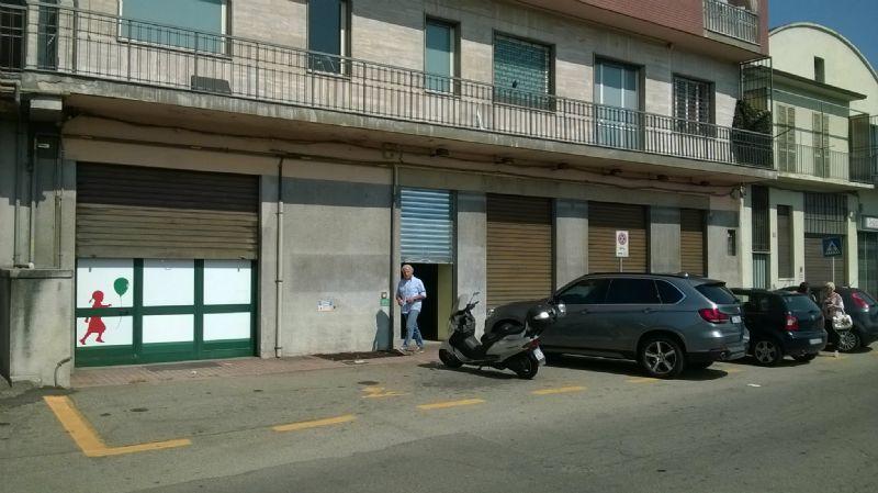 Negozio / Locale in affitto a Asti, 4 locali, prezzo € 1.900 | Cambio Casa.it