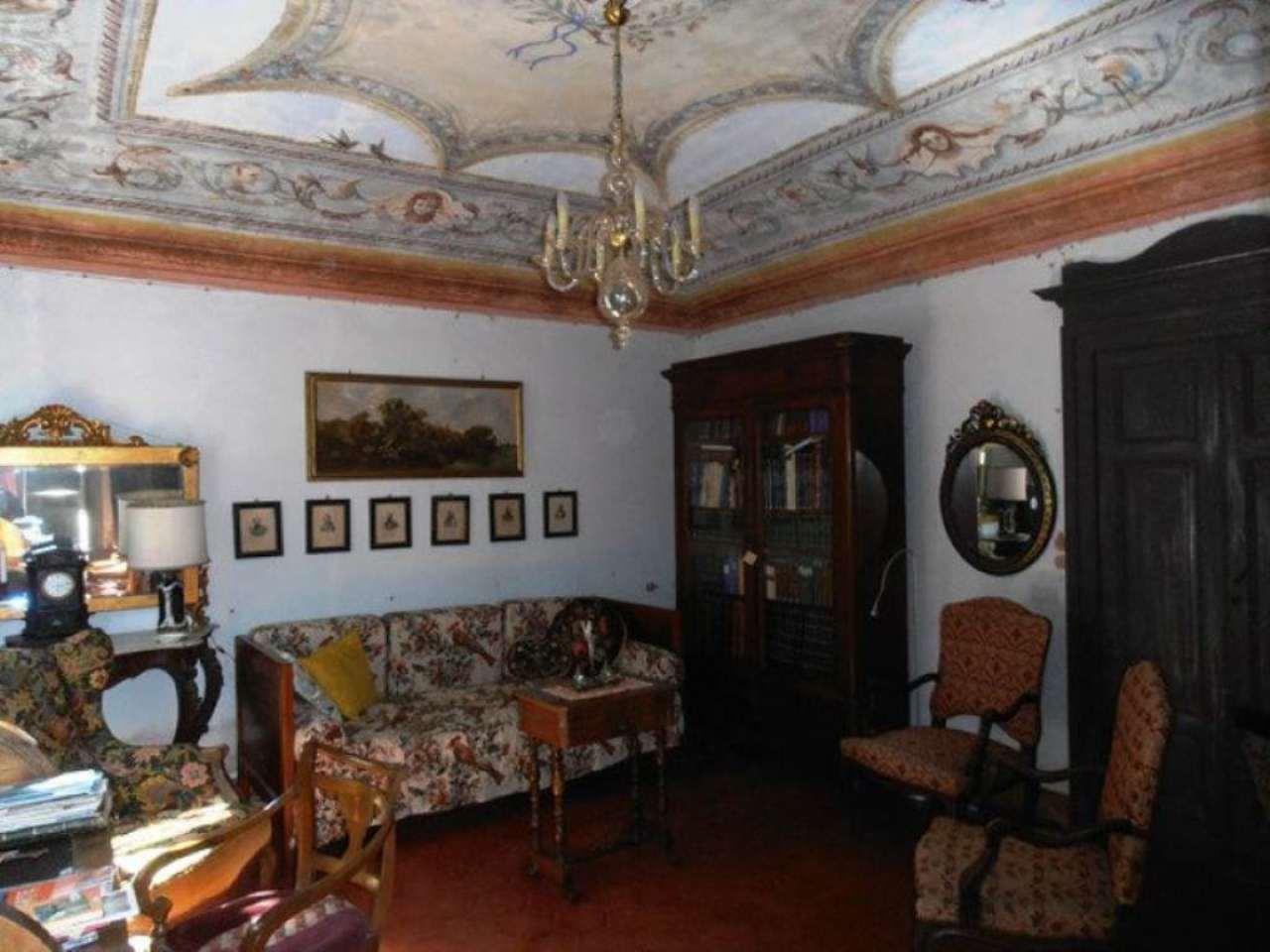 Rustico / Casale in vendita a Villafranca d'Asti, 15 locali, prezzo € 250.000 | Cambio Casa.it