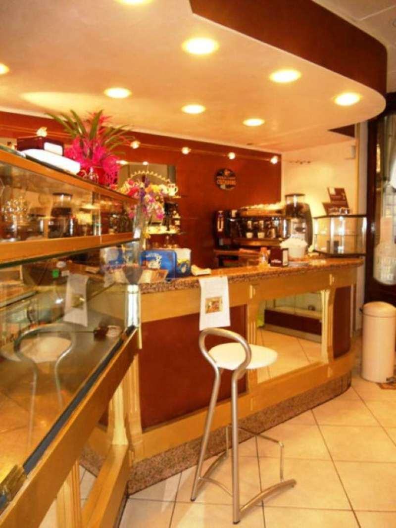 Bar in vendita a Asti, 5 locali, prezzo € 120.000 | Cambio Casa.it