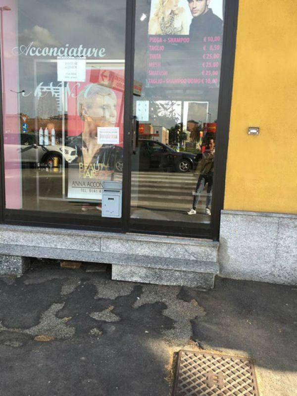 Negozio / Locale in affitto a Asti, 2 locali, prezzo € 400 | Cambio Casa.it
