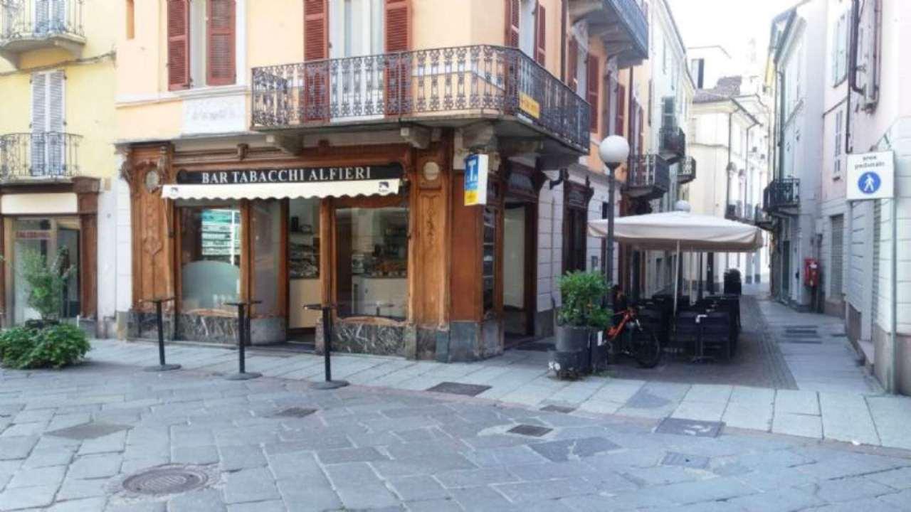 Tabacchi / Ricevitoria in Vendita a Asti