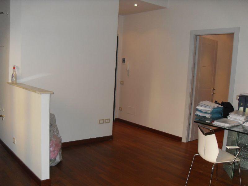 Ufficio / Studio in affitto a Asti, 2 locali, prezzo € 450 | Cambio Casa.it