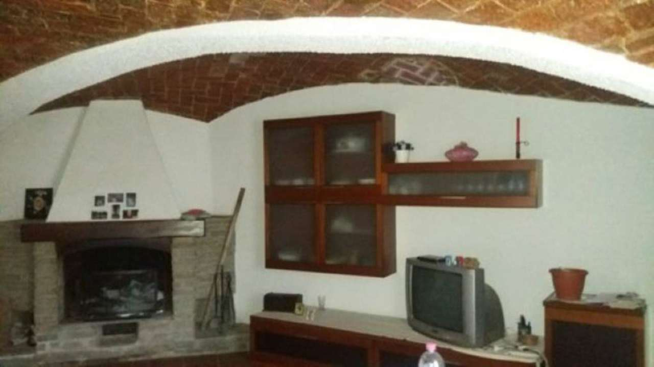 Soluzione Indipendente in vendita a Antignano, 10 locali, prezzo € 129.000 | Cambio Casa.it