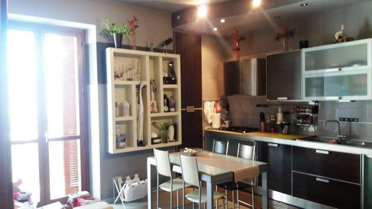 Appartamento in vendita a Asti, 4 locali, prezzo € 85.000 | Cambio Casa.it
