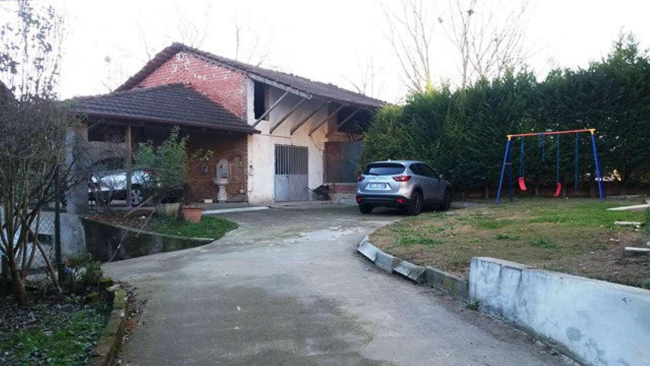 Soluzione Indipendente in vendita a Castellero, 8 locali, prezzo € 150.000 | Cambio Casa.it