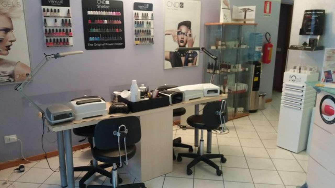 Attività / Licenza in vendita a Asti, 7 locali, prezzo € 43.000 | Cambio Casa.it