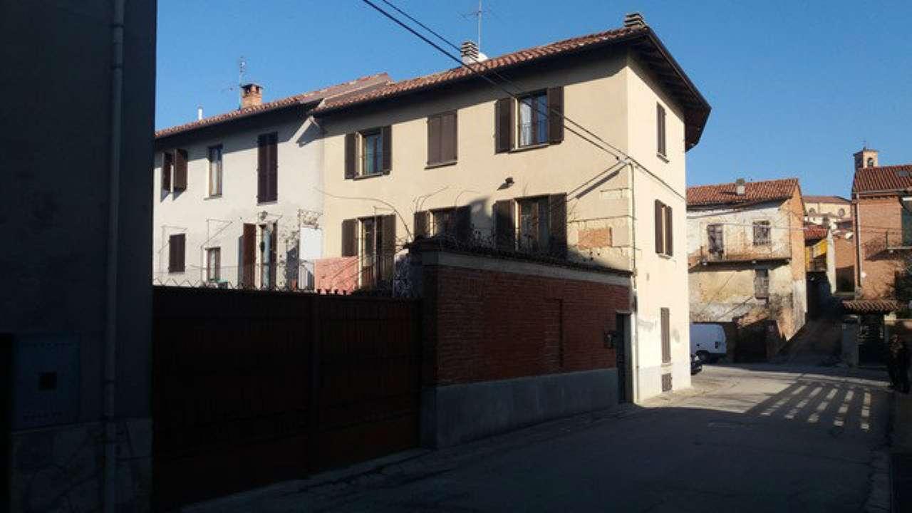 Soluzione Indipendente in vendita a Grana, 8 locali, prezzo € 125.000   Cambio Casa.it