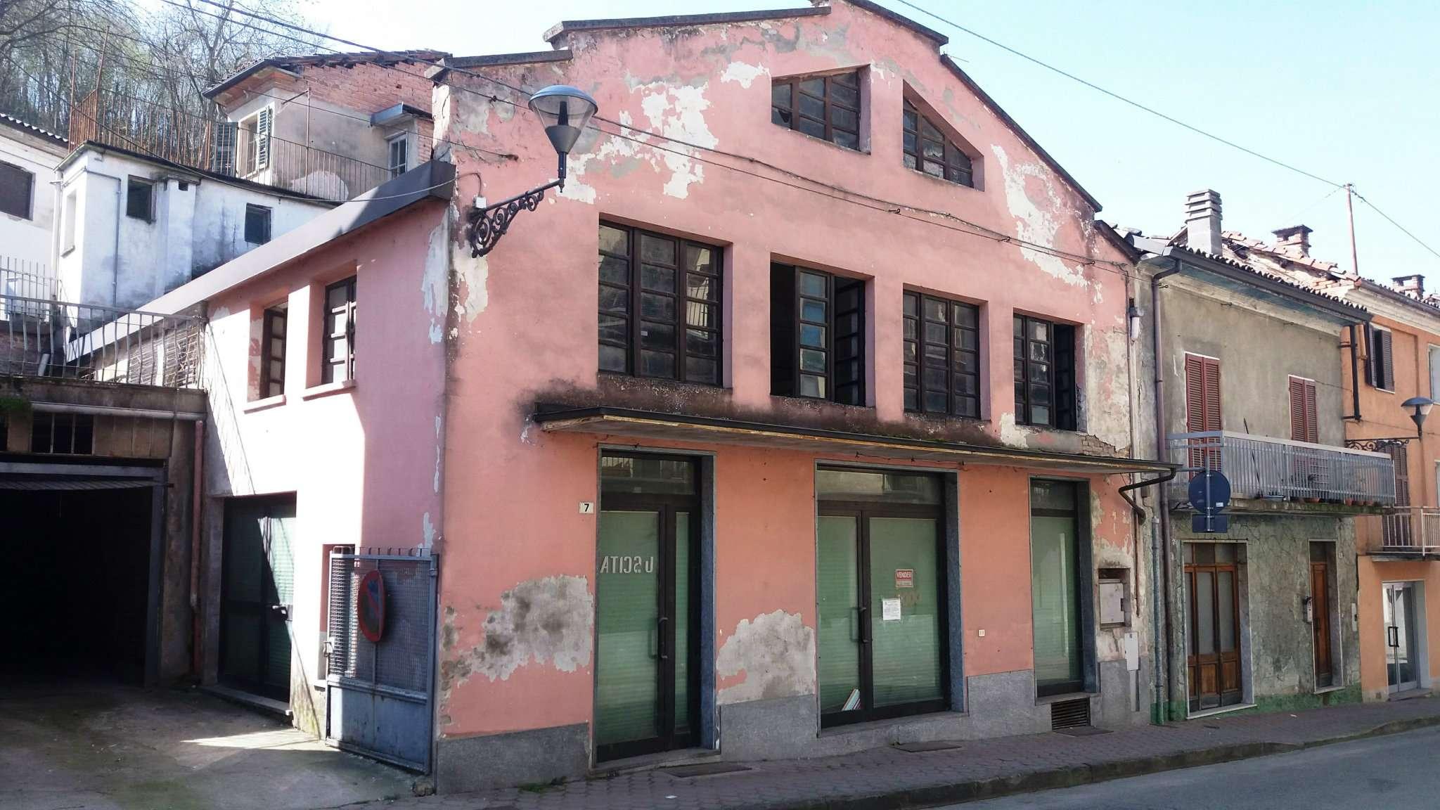 Negozio / Locale in vendita a Mombercelli, 4 locali, prezzo € 68.000 | Cambio Casa.it