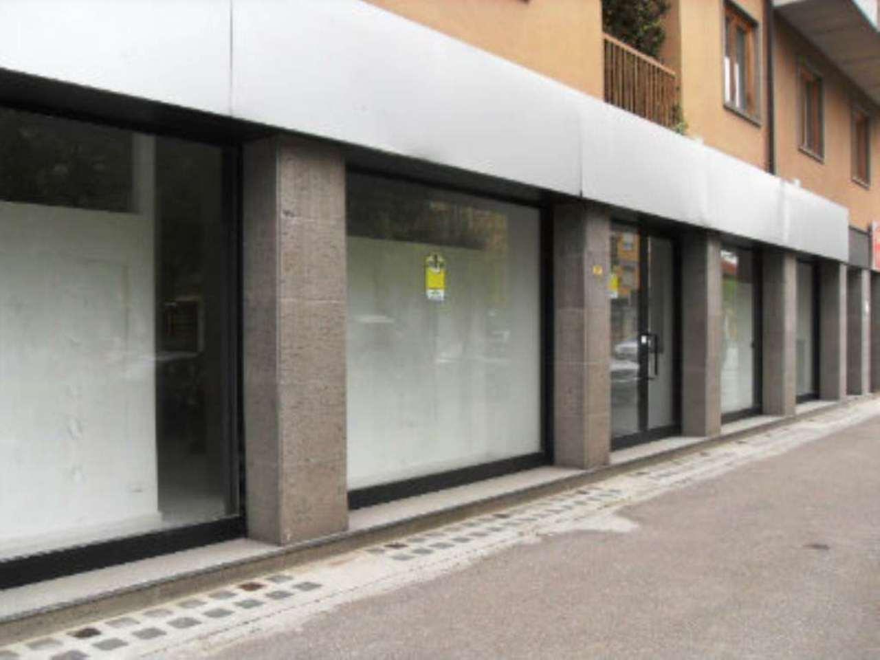 Negozio / Locale in Affitto a Asti