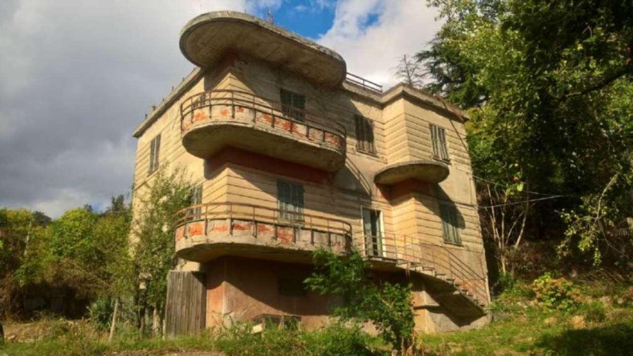 Soluzione Indipendente in vendita a Genova, 18 locali, zona Zona: 6 . Bolzaneto, Valpolcevera, Rivarolo, prezzo € 270.000 | Cambio Casa.it