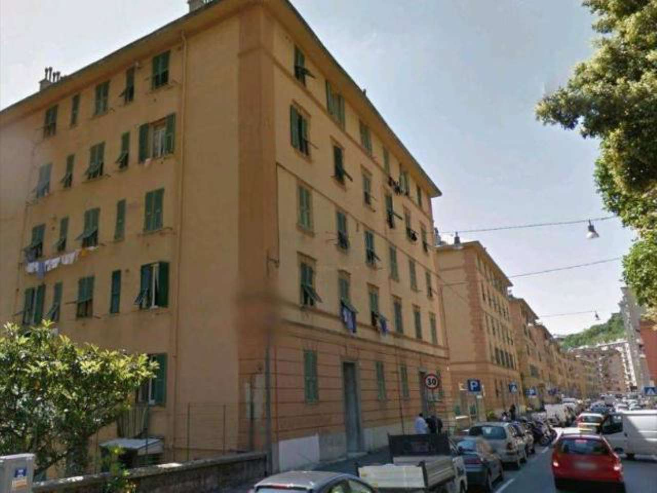 Foto 1 di Bilocale via Piacenza, Genova (zona San Gottardo)