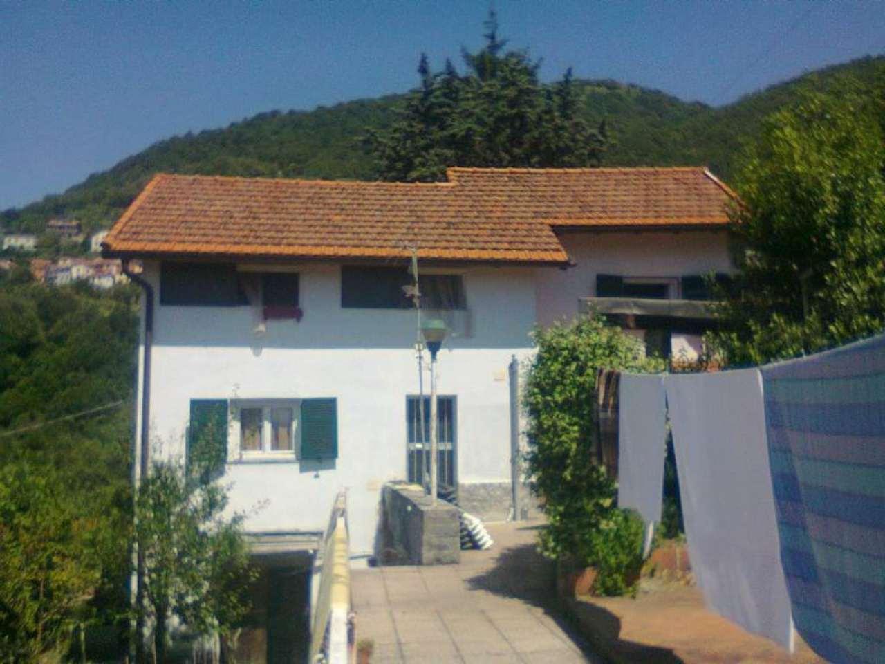 Soluzione Indipendente in vendita a Davagna, 6 locali, prezzo € 190.000 | Cambio Casa.it