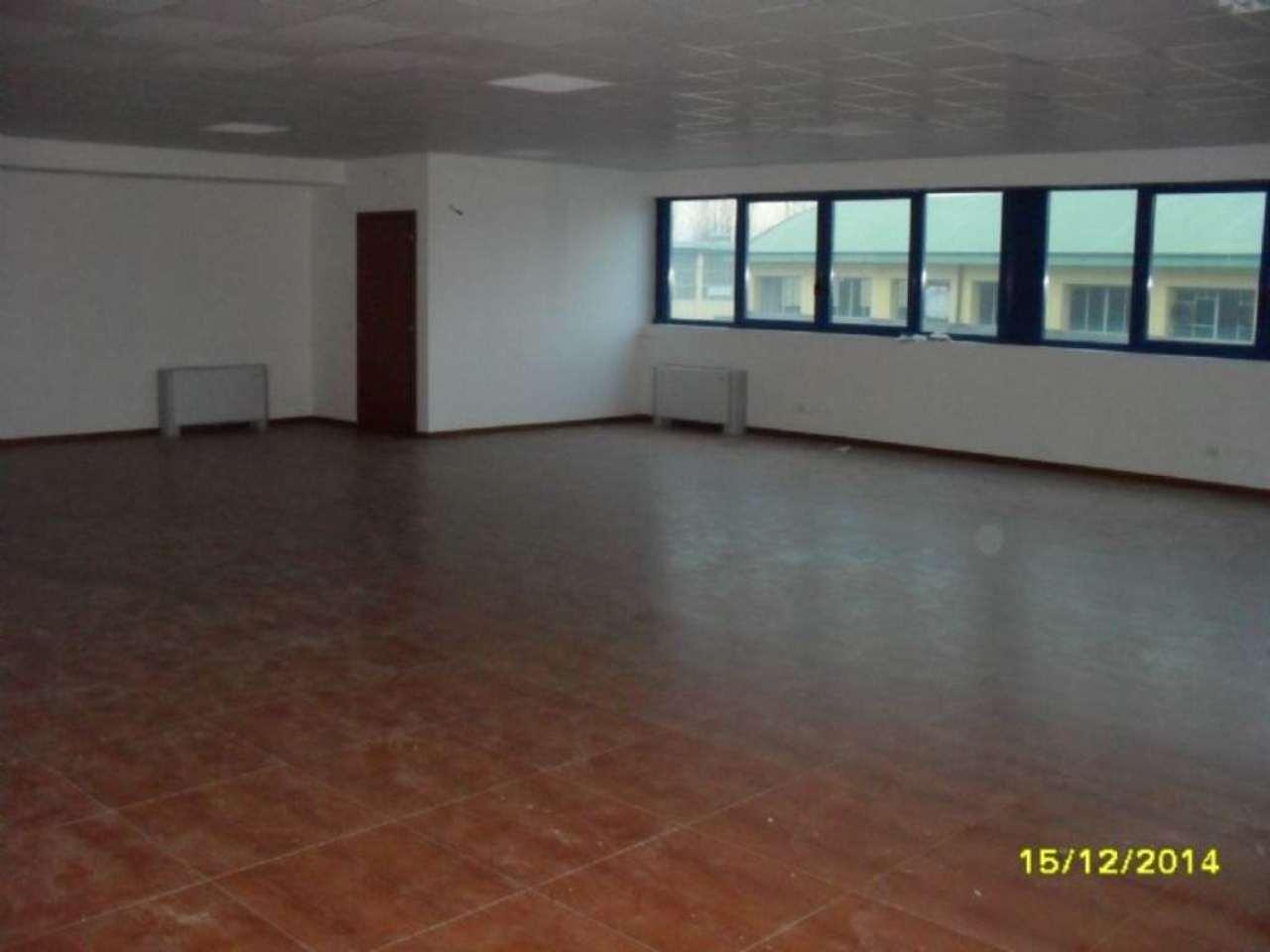 Ufficio / Studio in affitto a Tribiano, 4 locali, prezzo € 1.200 | Cambio Casa.it