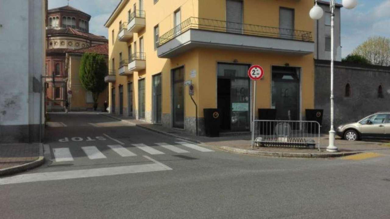 Negozio / Locale in affitto a Sant'Angelo Lodigiano, 8 locali, prezzo € 1.500 | Cambio Casa.it