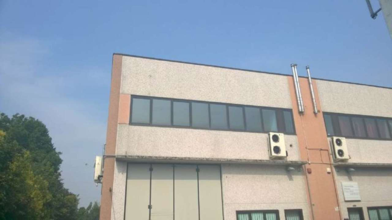 Ufficio / Studio in Affitto a Cernusco sul Naviglio