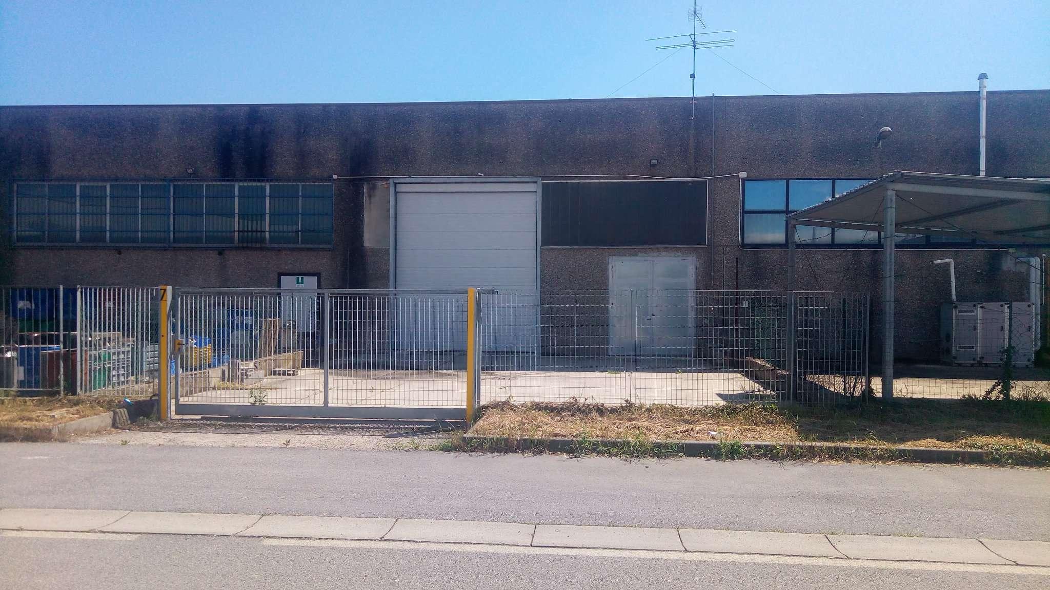Capannone in vendita a Paullo, 2 locali, prezzo € 89.000   Cambio Casa.it