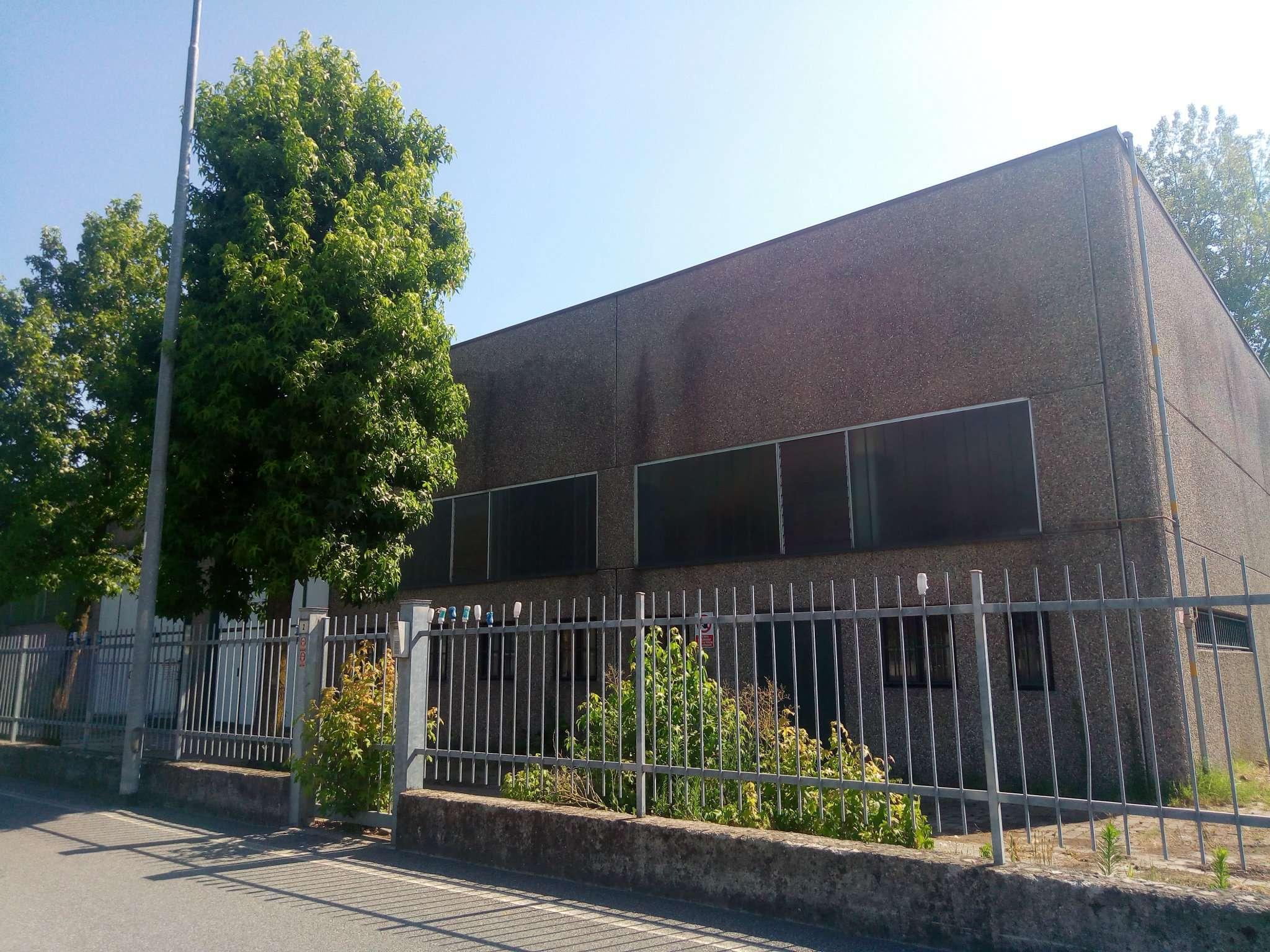 Capannone in affitto a Spino d'Adda, 5 locali, prezzo € 1.350 | CambioCasa.it