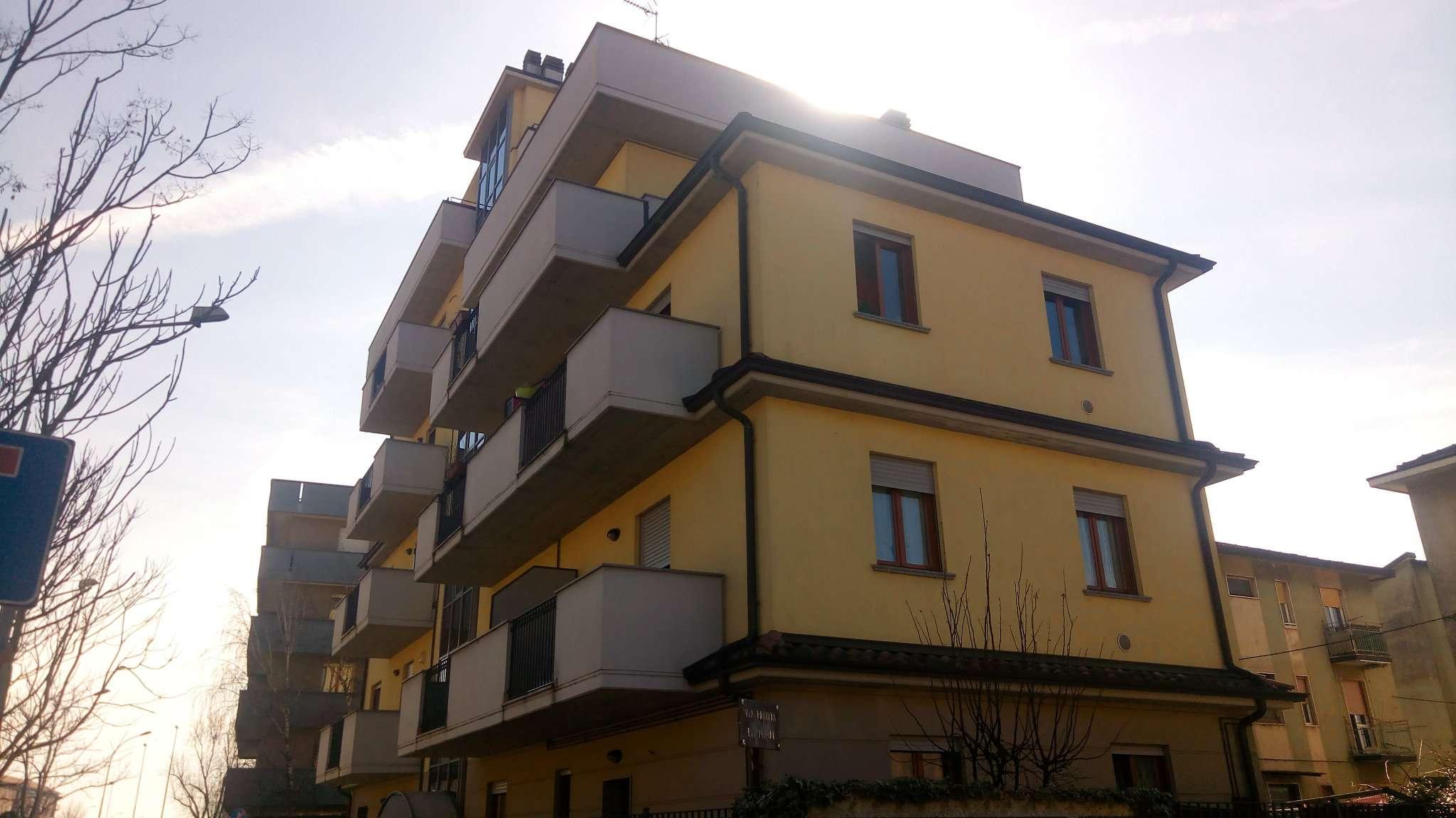 Appartamento in affitto a San Giuliano Milanese, 2 locali, prezzo € 500 | CambioCasa.it