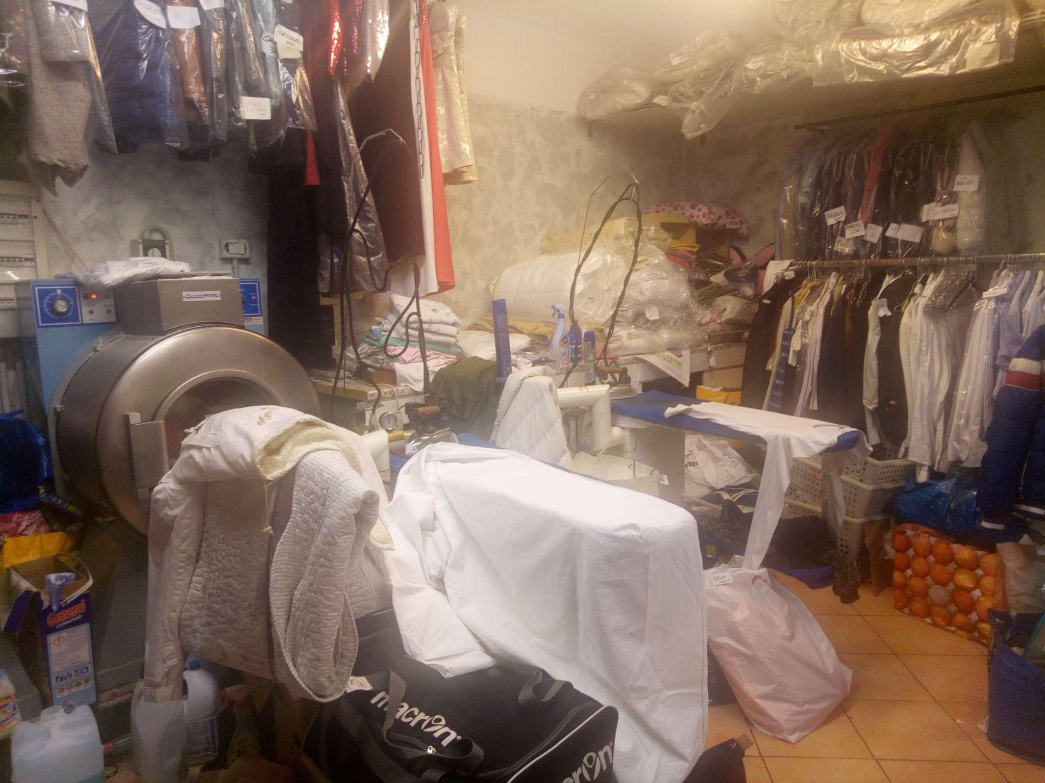 Attività / Licenza in Vendita a Peschiera Borromeo