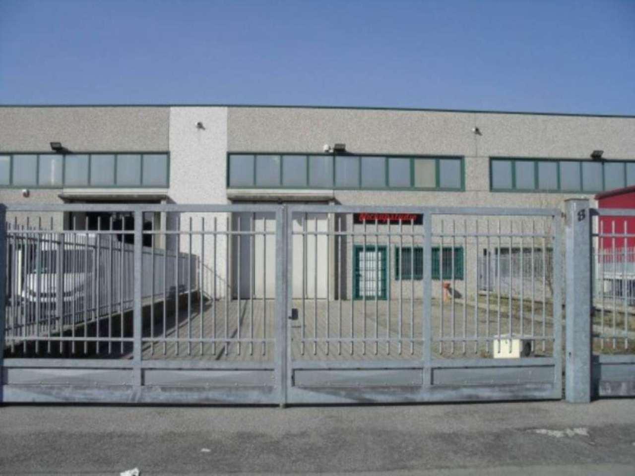 Capannone in affitto a Sordio, 9999 locali, prezzo € 1.400 | CambioCasa.it
