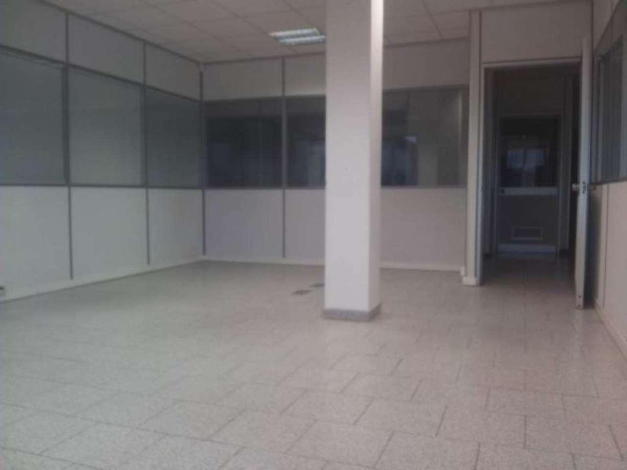 Ufficio / Studio in affitto a Settala, 2 locali, prezzo € 600 | Cambio Casa.it