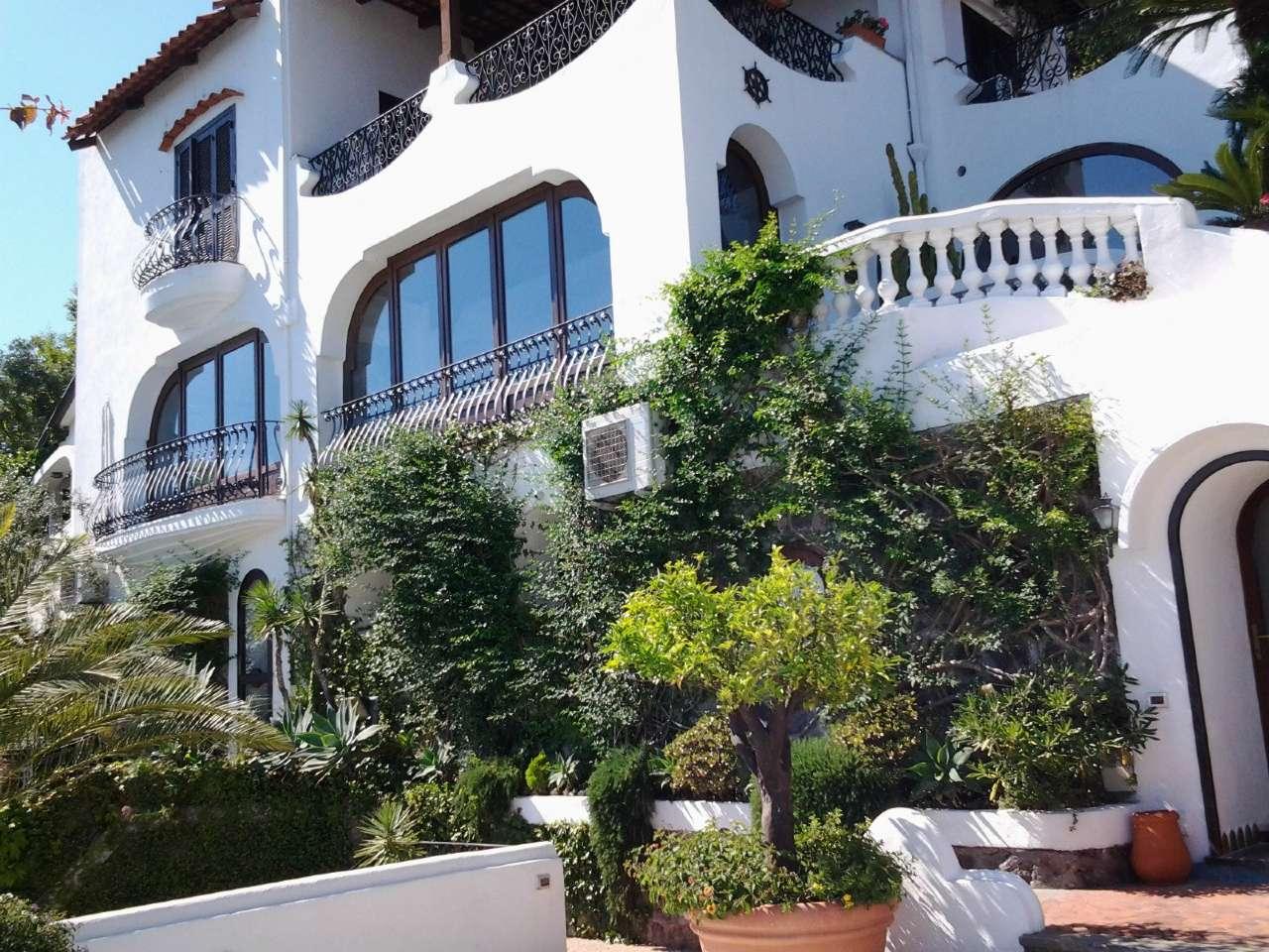 Villa in vendita a Ischia (NA)