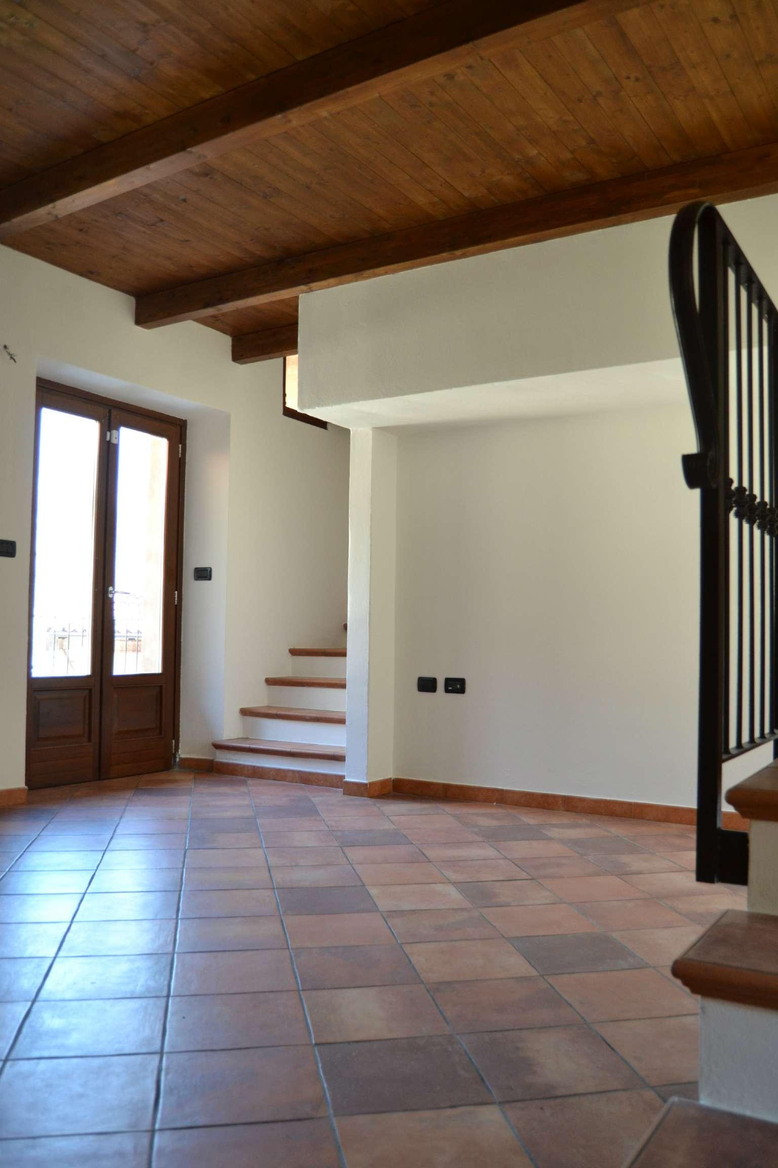 Appartamento in affitto a Almese, 2 locali, prezzo € 350 | Cambio Casa.it
