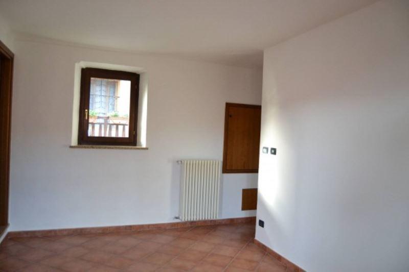 Appartamento in affitto a Almese, 2 locali, prezzo € 300 | Cambio Casa.it