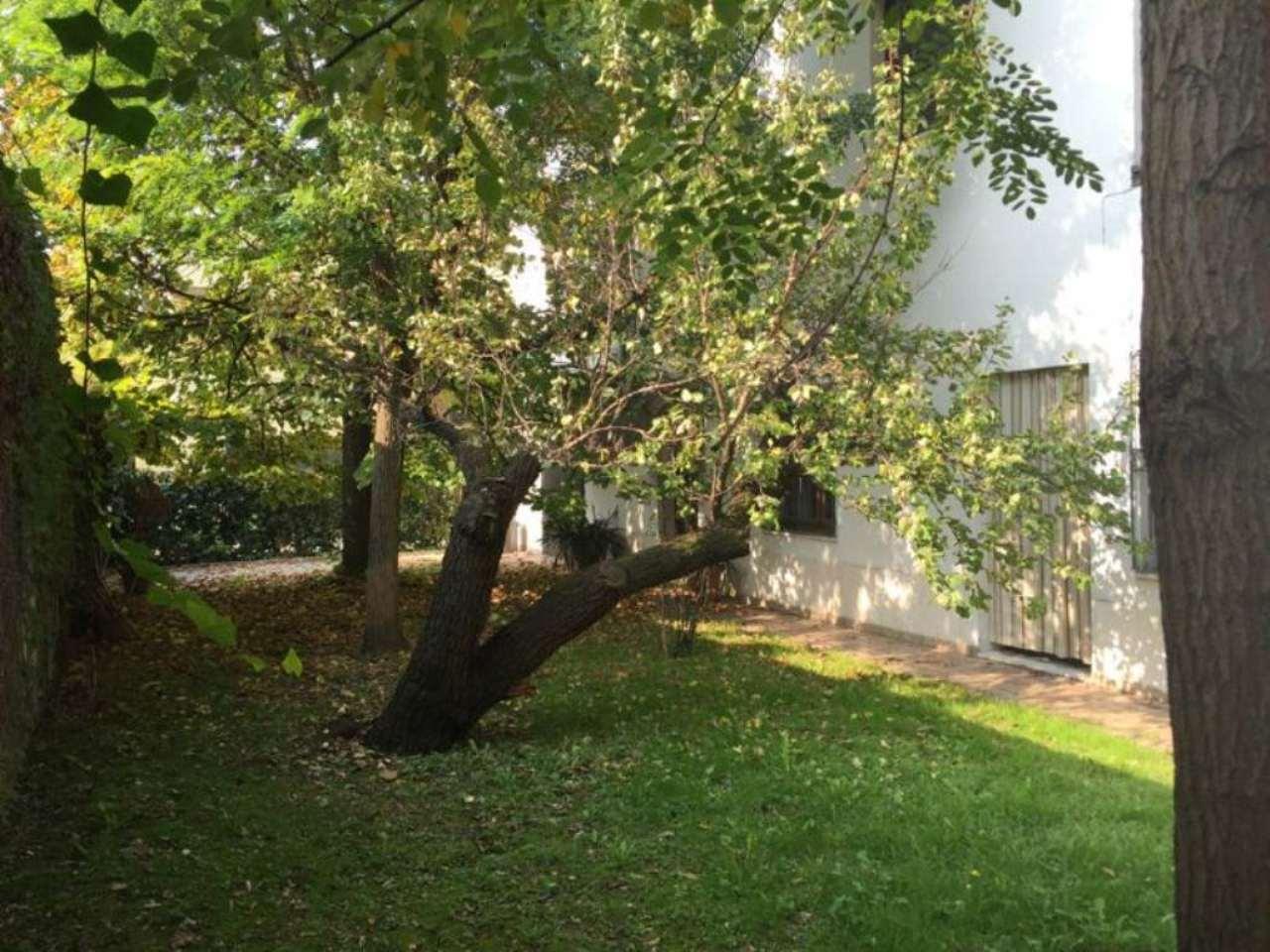 Villa in Vendita a Ravenna Centro: 5 locali, 450 mq