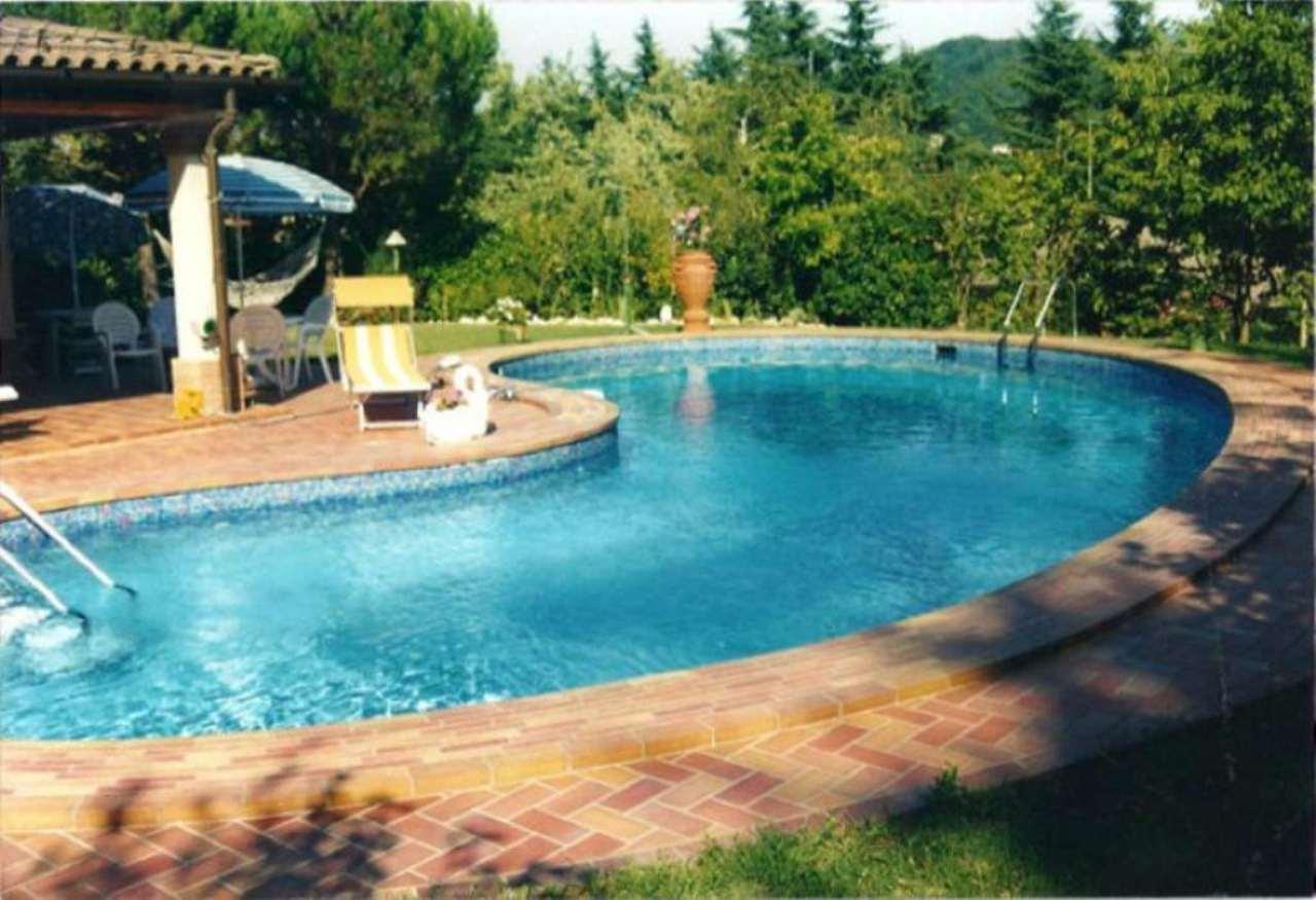 Villa in Vendita a Pianoro Periferia: 5 locali, 360 mq