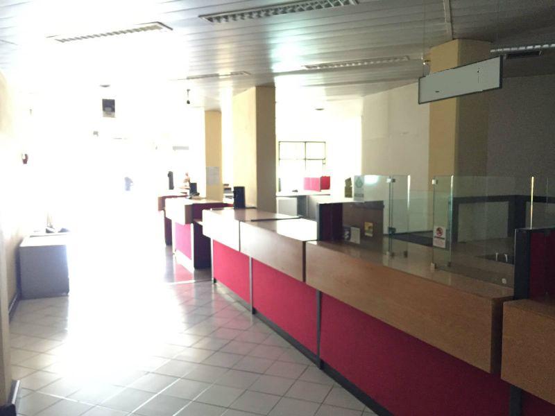 Negozio-locale in Affitto a Ravenna Centro: 1 locali, 450 mq