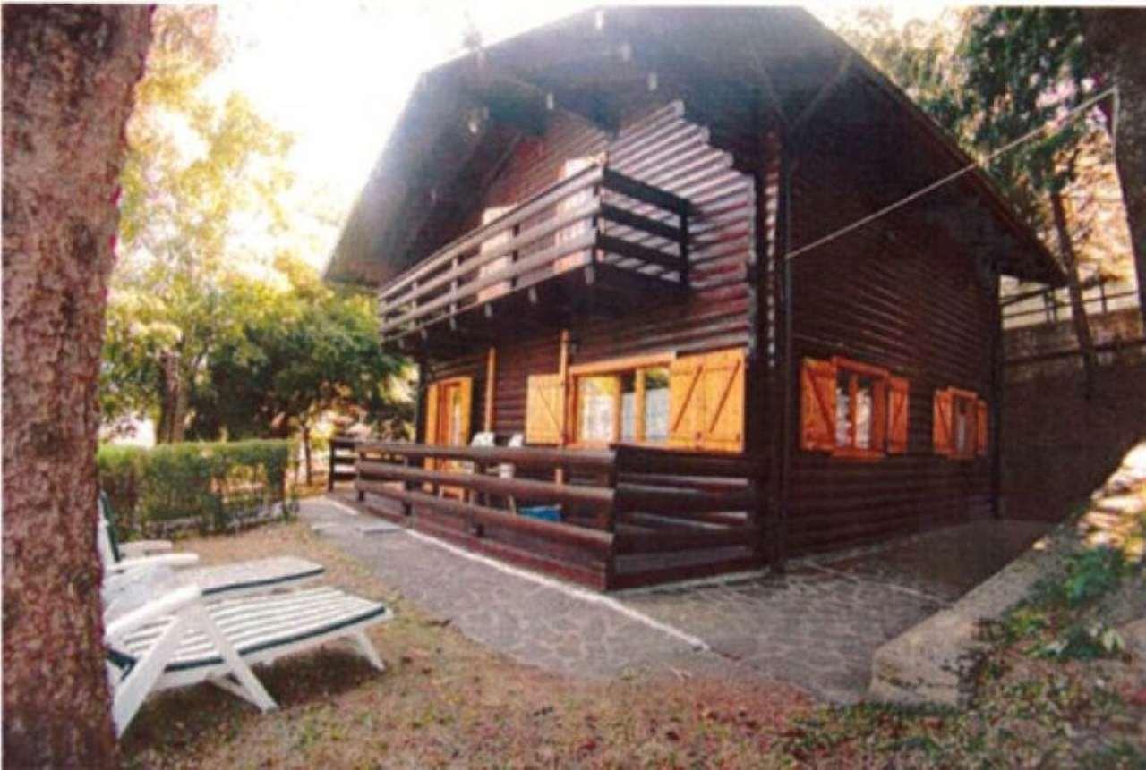 Villa in Vendita a Montecreto Periferia: 5 locali, 140 mq
