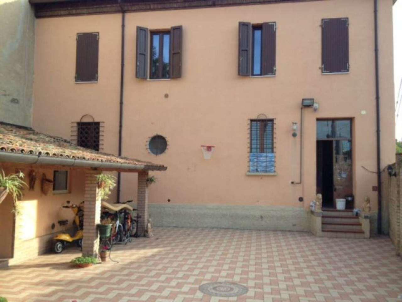 Casa indipendente in Vendita a Ravenna Centro: 5 locali, 200 mq