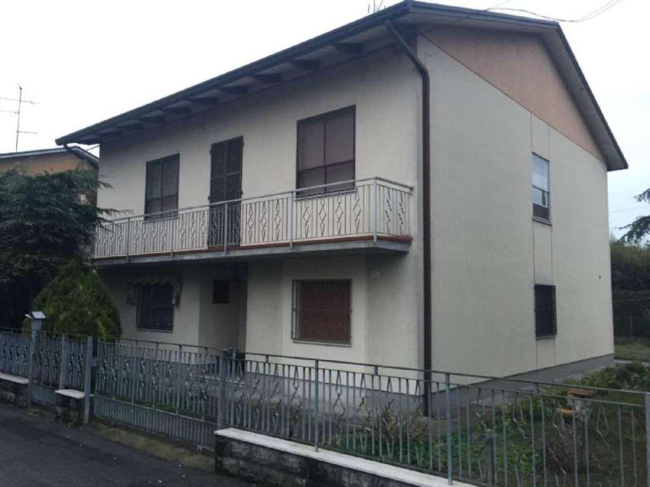 Casa indipendente in Vendita a Bagnacavallo Periferia: 5 locali, 210 mq