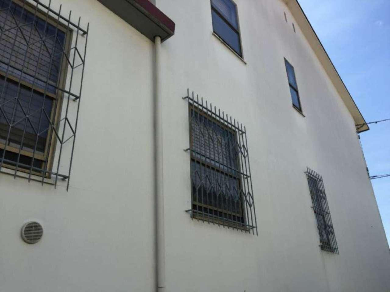 Casa indipendente in Vendita a Ravenna Centro: 5 locali, 275 mq