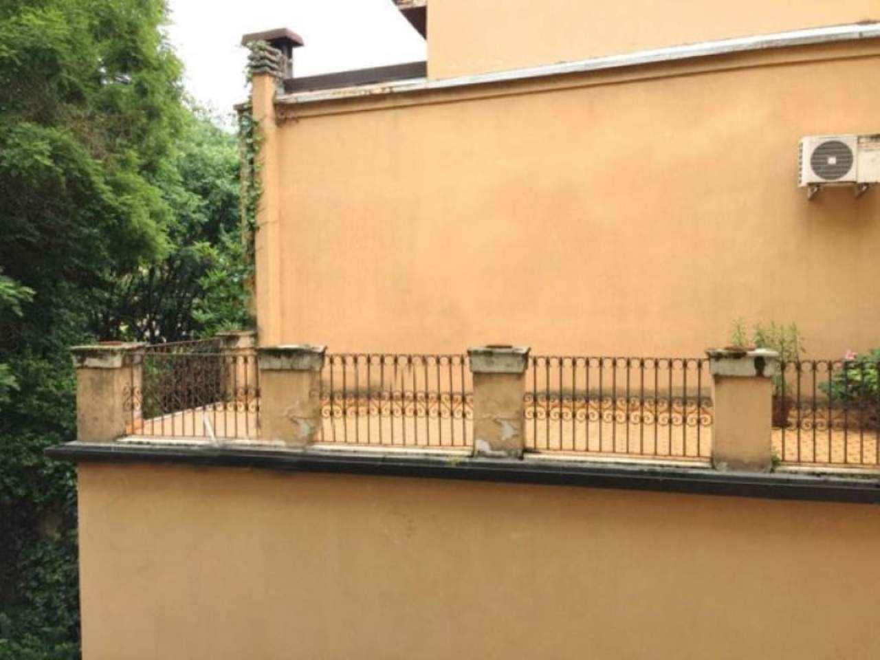 Appartamento in Vendita a Bologna Centro: 3 locali, 169 mq
