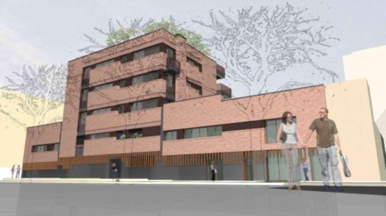 Negozio-locale in Vendita a Bologna Semicentro: 1 locali, 67 mq
