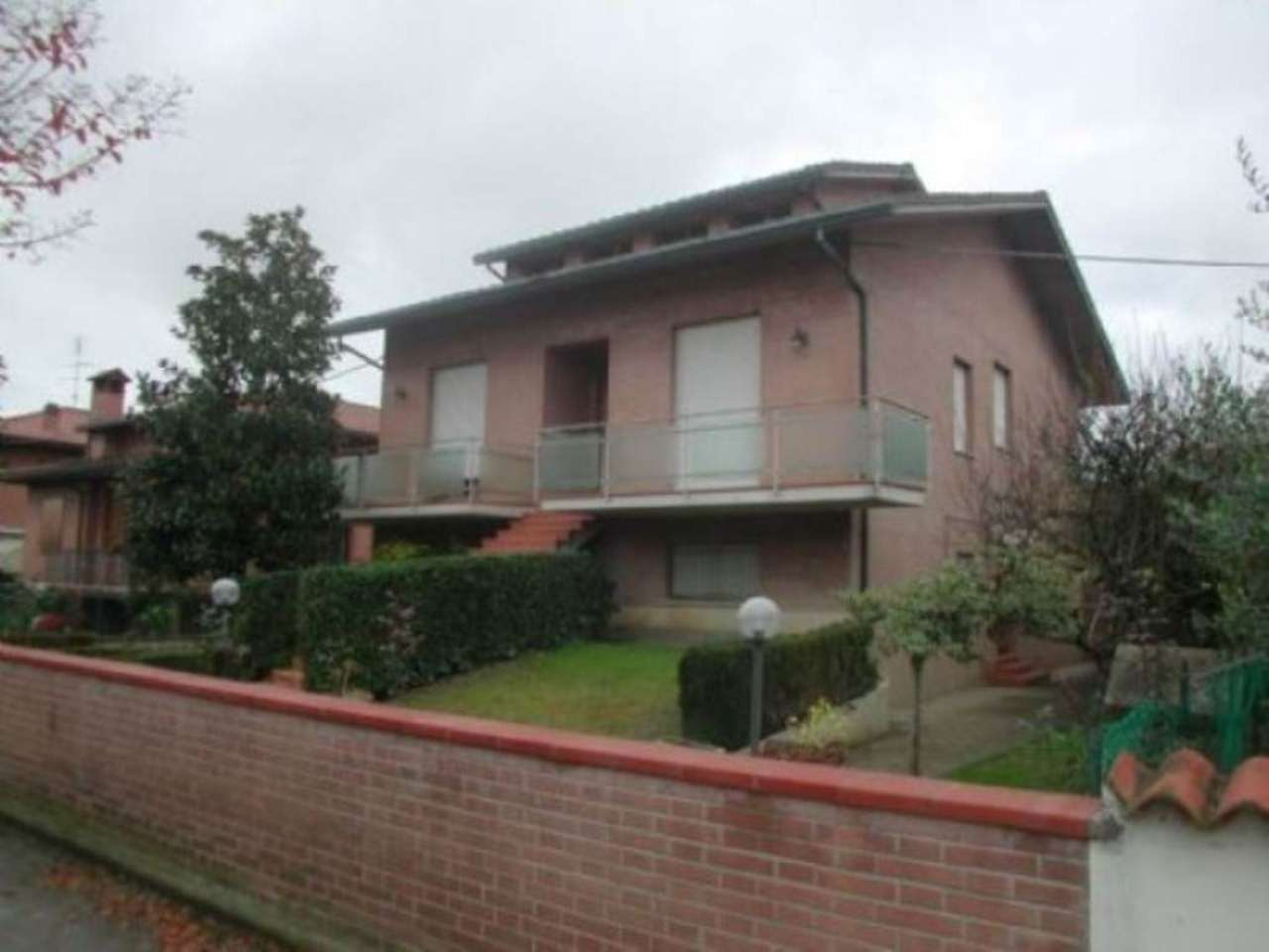 Villa in vendita a Ravenna, 6 locali, prezzo € 650.000 | Cambio Casa.it