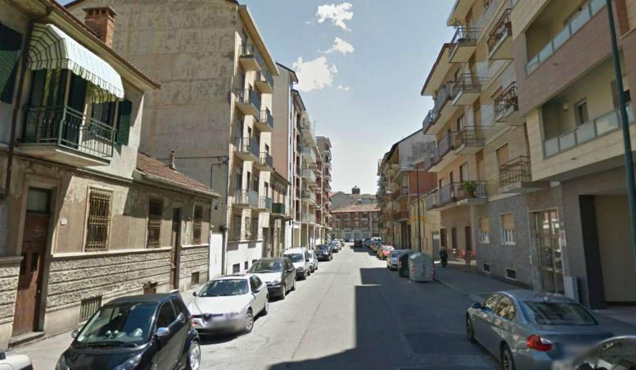 Bilocale affitto torino zona borgo vittoria for Planimetrie strette