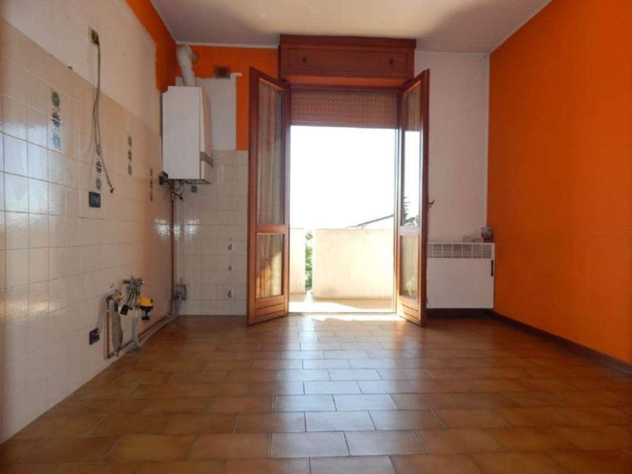 Appartamento in vendita a Caravaggio, 4 locali, prezzo € 129.000 | Cambio Casa.it