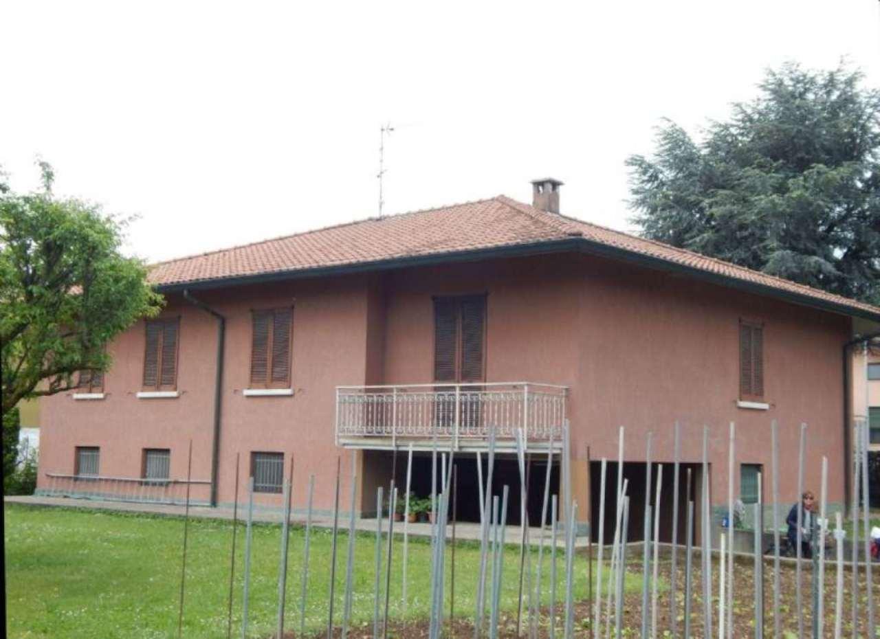 Appartamento in vendita a Treviglio, 5 locali, prezzo € 320.000 | Cambio Casa.it