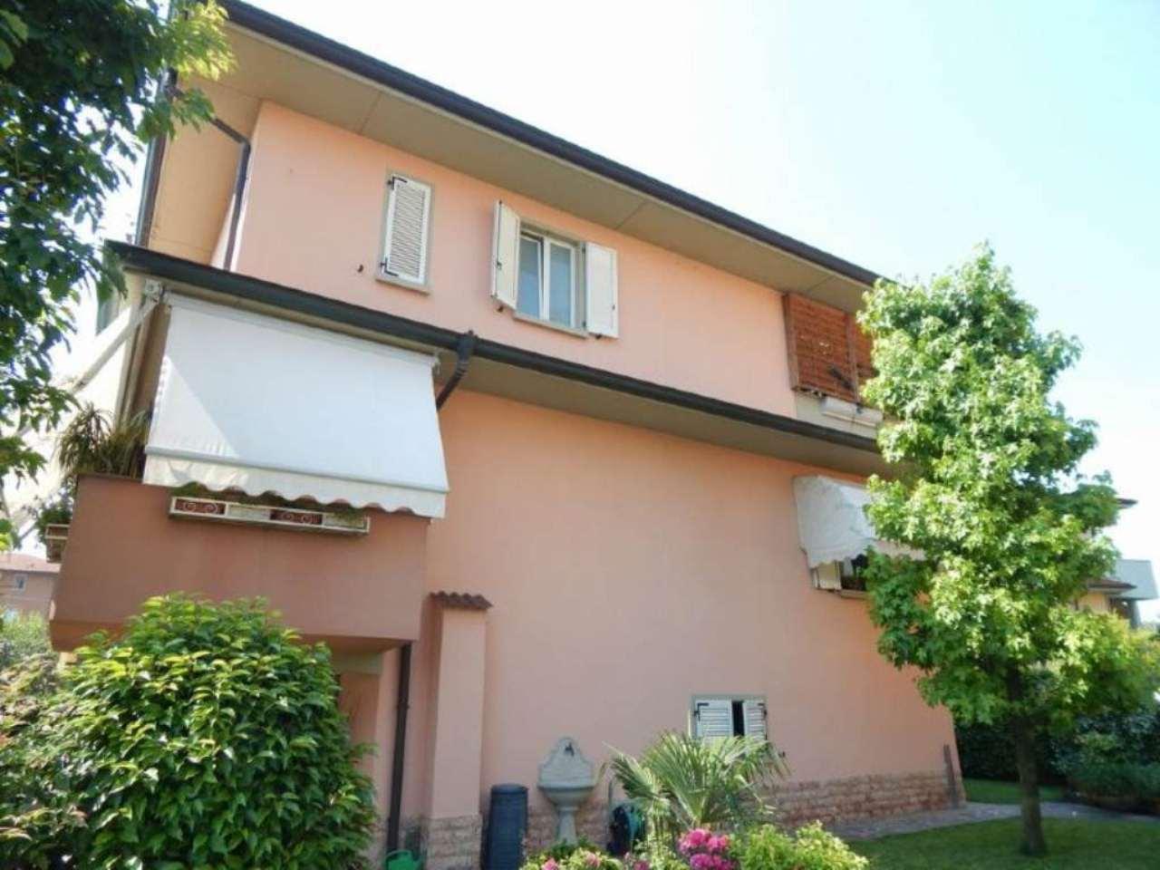 Appartamento in vendita a Caravaggio, 6 locali, prezzo € 365.000 | Cambio Casa.it