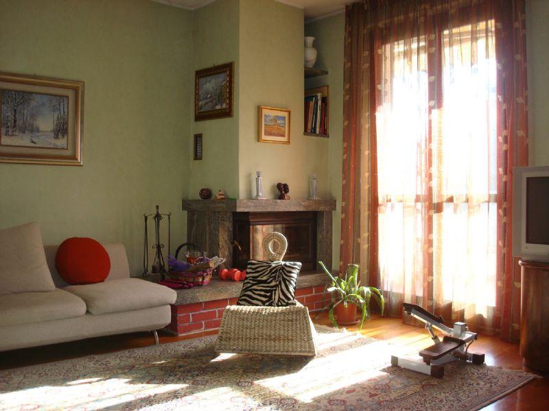Soluzione Indipendente in vendita a Treviglio, 5 locali, prezzo € 315.000 | Cambio Casa.it